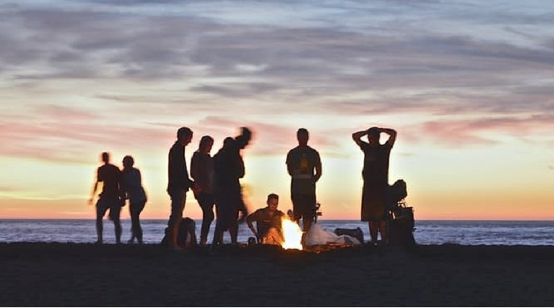 An island bucks party is a bucks party on the beach (credit: pexels.com)
